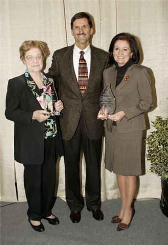 Lee Names 2006 Alumni Of The Year Chattanoogan Com