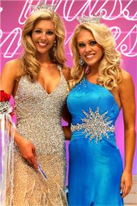 Miss Tennessee 2009 Stefanie Wittler of Soddy Daisy (right) and her successor, Miss Tennessee 2010 Nicole Jordan of Memphis, moments after Saturday's conclusion of the 58th annual pageant in Jackson. Click to enlarge.
