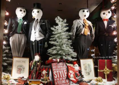 PHOTOS: Downtown Christmas Windows - Chattanoogan com