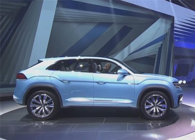 Volkswagen At Detroit Auto Show Displays New Suv Cross Coupe Gte That May Be Built In Chattanooga
