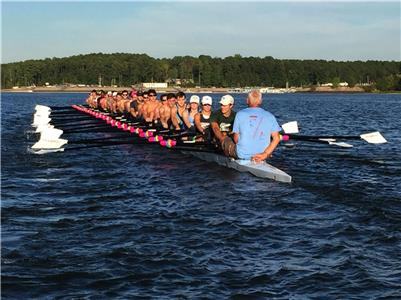 University of NC men and women rowing on Jordan Lake, NC on Sept. 18