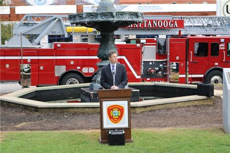 Mayor Andy Berke offers remarks about the importance of the fire service and Fire Prevention Week.