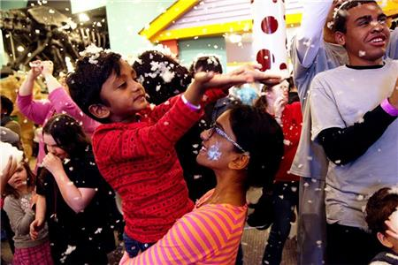 Snow will fall at Creative Discovery Museum's annual Snow Day, set for Nov. 18