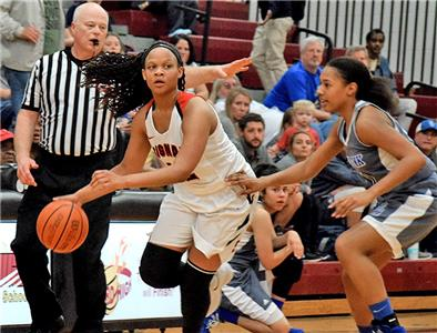 Red Bank's Ashley Ware gives chase to Jaylah Hardy.