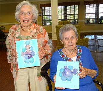 Morning Pointe of Chattanooga – Shallowford residents Sarah Stanley and Dee Sherrer show off their seashell art