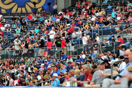 A large crowd of 5,420 was on hand to watch Thursday the M-Braves and Lookouts.