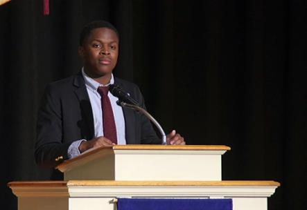 McCallie senior Zyan Wynn has been selected to receive a Gates Millennium Scholarship from the Bill and Melinda Gates Foundation. Wynn, winner of 2019 Campbell Award, will use the scholarship to attend Princeton University in the fall