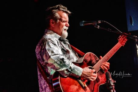 Darrell Scott will play at the Barking Leg 27 years Anniversary Show on Friday