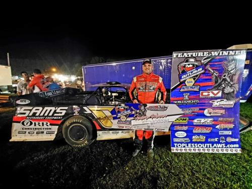 cleveland s ownbey wins topless outlaws race at crossville friday chattanoogan com ownbey wins topless outlaws race
