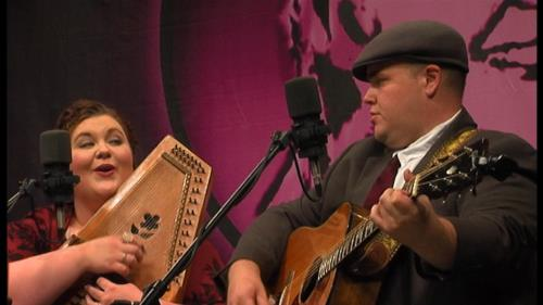Heather and Tony Mabe perform on QuaranTunes @Noon Friday