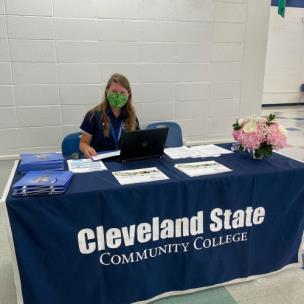 Holly Melton, coordinator of Recruitment and Enrollment Development, welcomes future CSCC cougars to campus during the college's Cougar Week